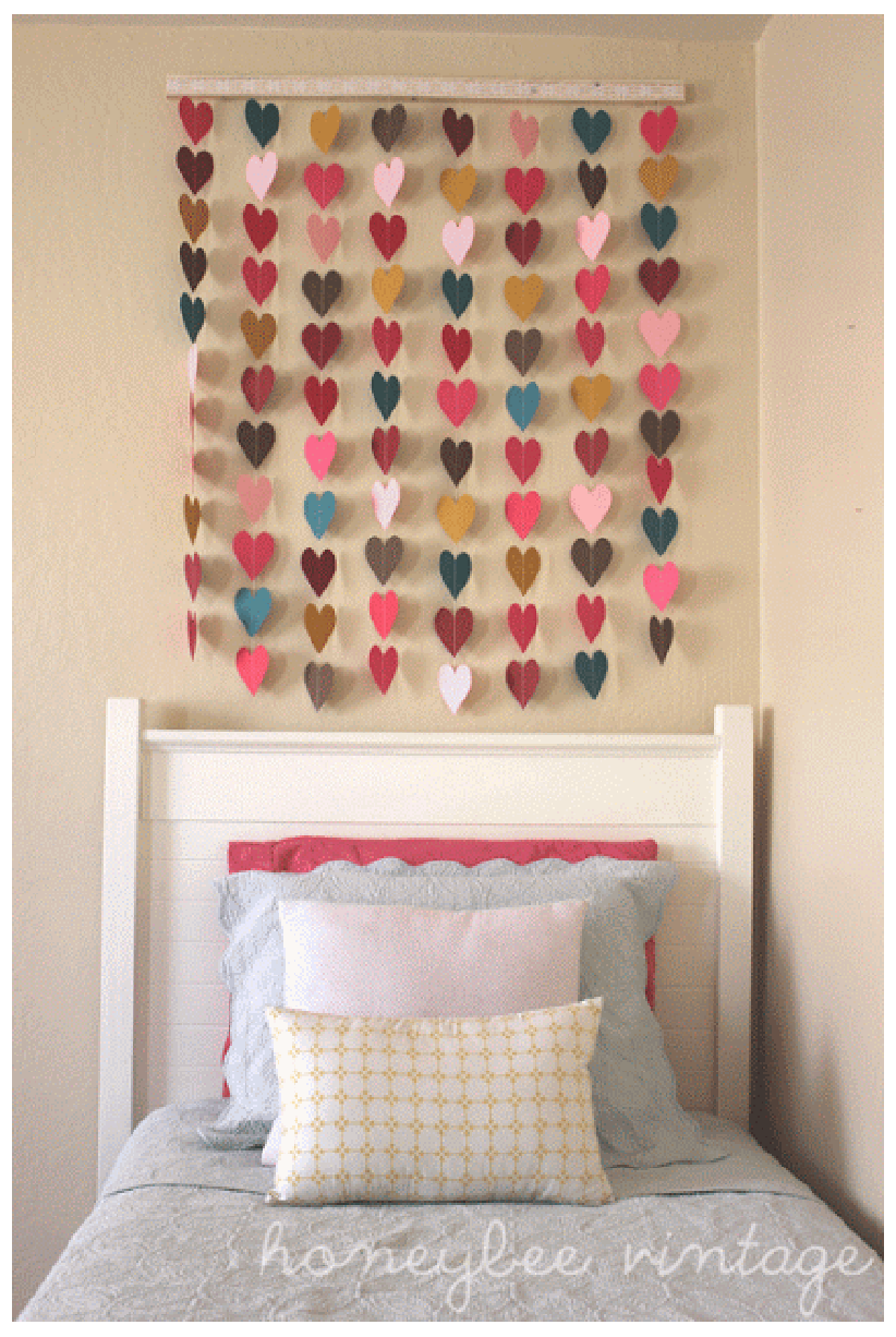 6 diy bedroom wall art ideas shopgirl for Bed decoration diy